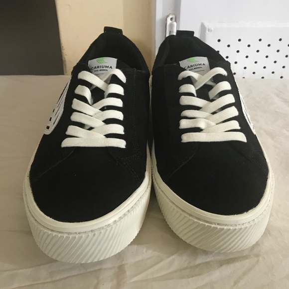 81a5286dbdc CARIUMA CATIBA LOW SUEDE BLACK / WHITE